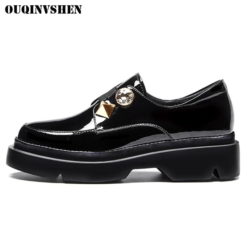 OUQINVSHEN Round Toe Platform Women Flats Casual Fashion Crystal Rivet Women Flat Shoes 2018 New Spring Ladies Black Falt Shoes