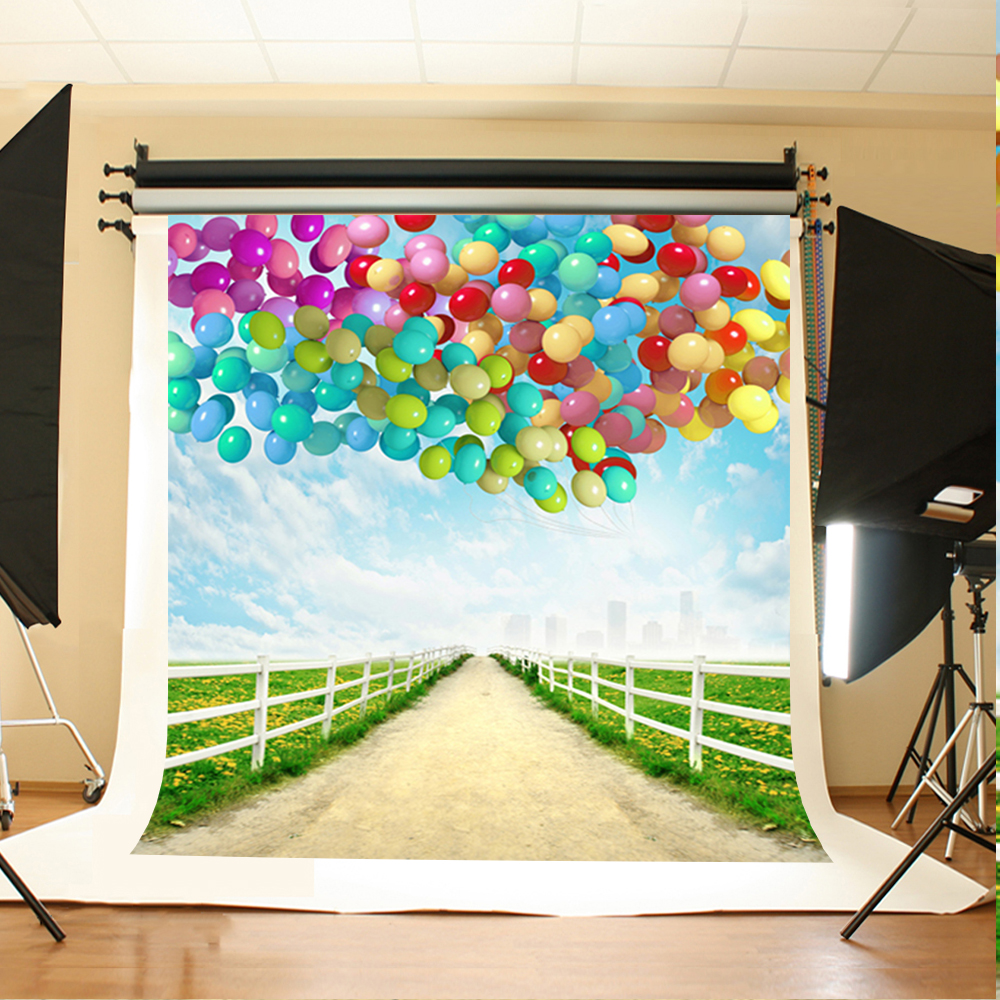 Wedding Photo Backdrops Color Balloon Grass Flower Fond Studio Blue Sky and White Clouds Background for Photographic Studio