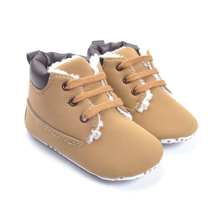 Zapatos marrones para bebé R9Rf0