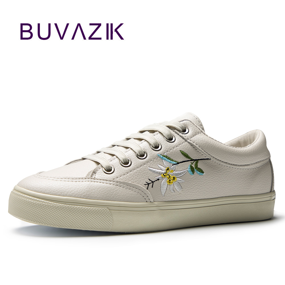 2018 spring summer new women leather shoes embroidered white woman fashion sneakers free shipping