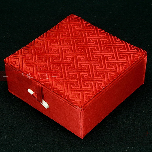 Aliexpress.com : Buy Cotton Filled Square Plain Gift Boxes for ...