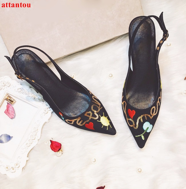 Luxury Embroider flowers decor pointed toe woman high heels ankle buckle sexy pumps 7cm summer sandals party wedding dress shoes cdts 35 45 46 summer zapatos mujer peep toe sandals 15cm thin high heels flowers crystal platform sexy woman shoes wedding pumps