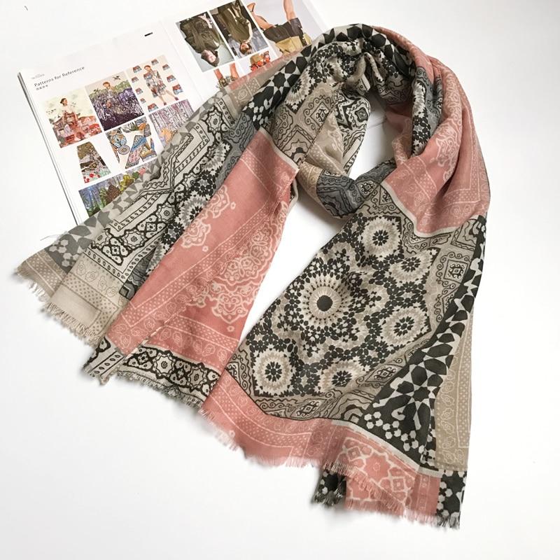 Ethnic Scarves for Women Cotton Hijab Totem Warm Lady Scarf Brand New 180x100 cm [0886]