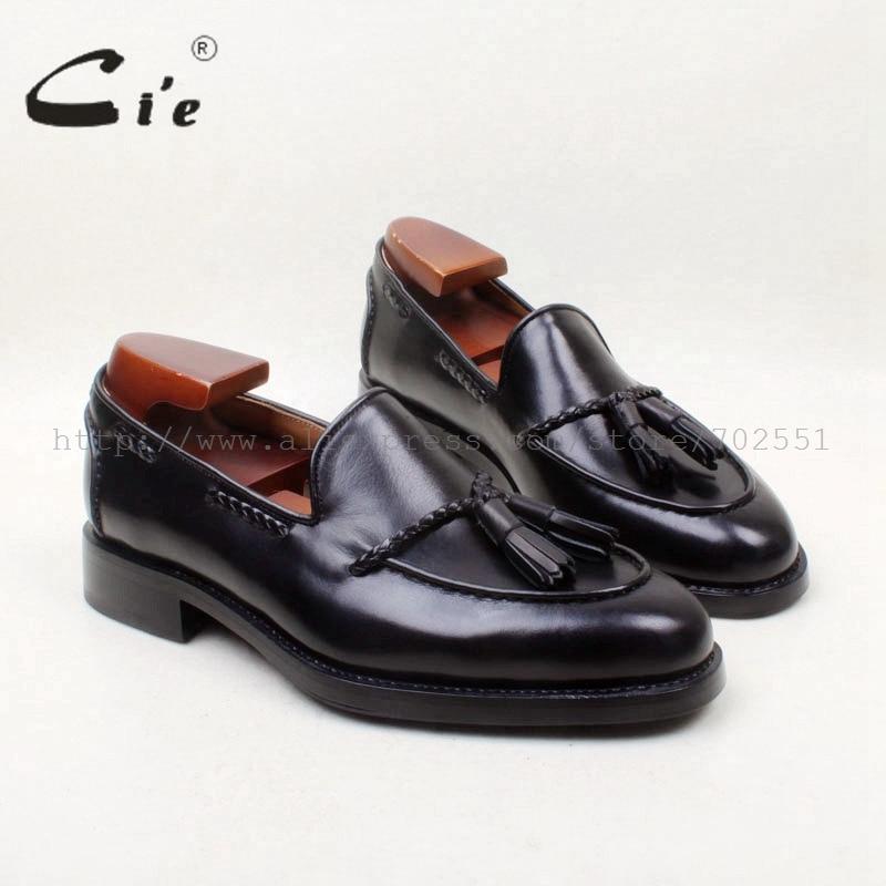 Suela de cuero genuino 100% de la punta redonda de cie A MEDIDA Goodyear soltado personalizado hecho a mano negro borlas Slip-on zapato de los hombres holgazán 158