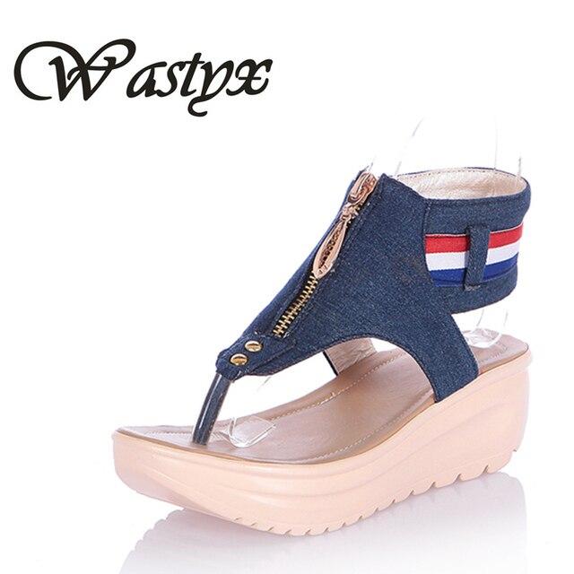 fca6da49a Wastyx Novo 2017 moda cowboy verão das sandálias das mulheres mulheres  Casuais Chinelos sapatos cunhas Sapatos