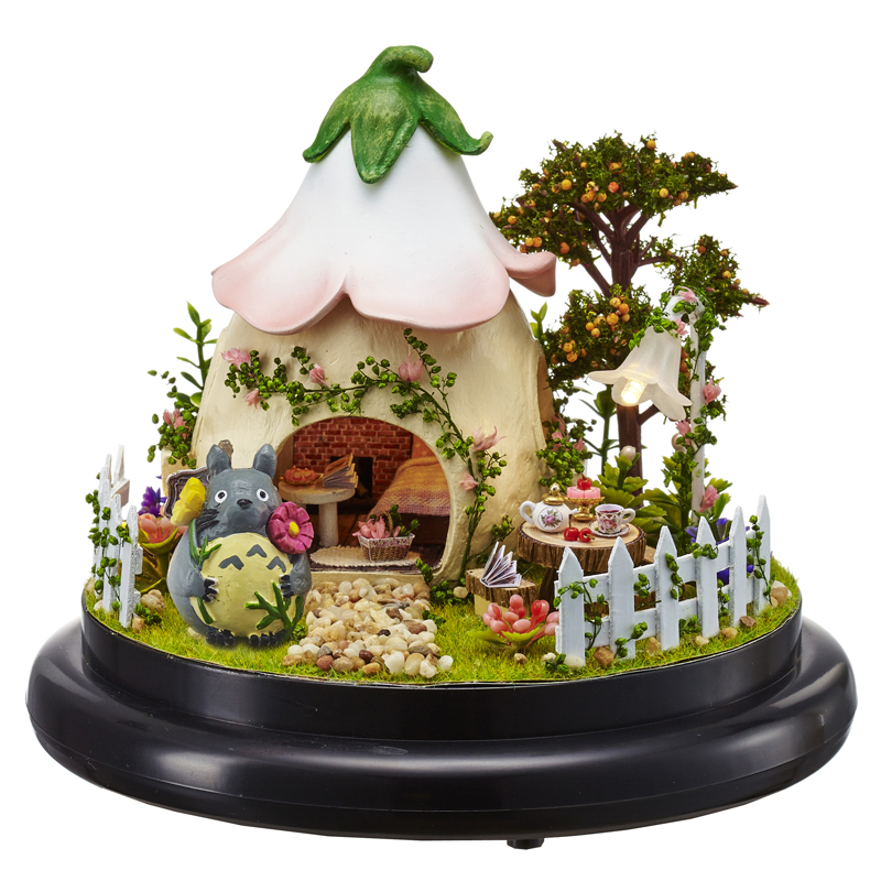 DIY Cottages Music Box Valentine 's Day Gift To Girlfriend Handmade Cartoon LED House With Dust Cover Figurines Birthday Gift