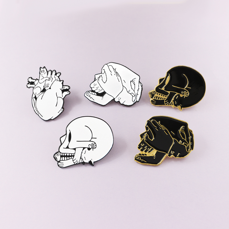 Steer Skull High Quality Pewter Pin Badge with Secure Locking Backs