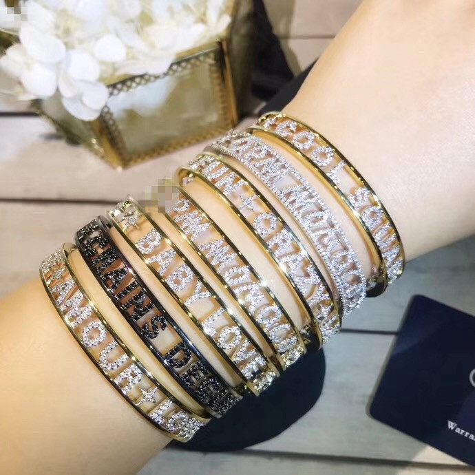 August collection Thin type letter AMORE AMOUR LOVE FUN CRAZY LOVE COOL SQUAD BABY LOVE JE CRAINS DEGUN bracelet open bangle цена