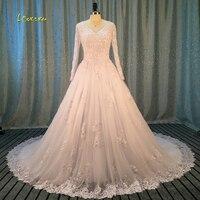 Loverxu Robe De Mariee Lange Mouw Een Lijn Vintage Trouwjurk 2017 V Hals Applicaties Kralen Kapel Trein Bruidsjurk Plus Size