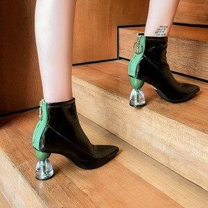Image 5 - MORAZORA 2020 جديد كعوب عالية على الموضة أحذية الحفلات النساء حذاء من الجلد براءات الاختراع والجلود الخريف الأحذية البريدي فريد أحذية بوت قصيرة امرأة