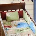 4 PCS bordado berço jogo do fundamento acessórios, Lençóis de berço para o bebê, Incluem ( bumper + edredon + folha + travesseiro )