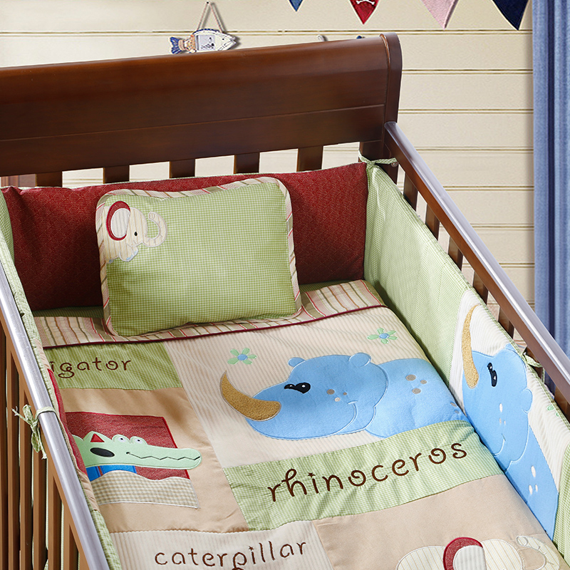 4PCS Embroidery Baby Cot Bedding Set Accessories,Crib Sheets for Baby,include(bumper+duvet+sheet+pillow)