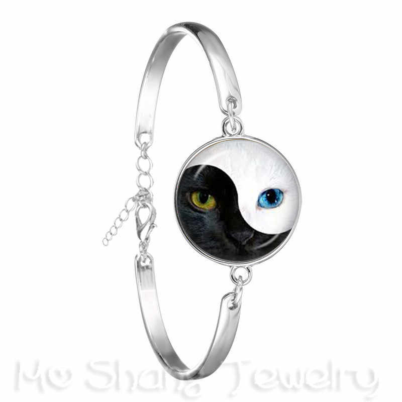 Two Eyes Black And White Symbol Chain Bracelet Yin Yang 18mm Glass Dome Silver Plated Bangle Symbolizing Harmony Gift