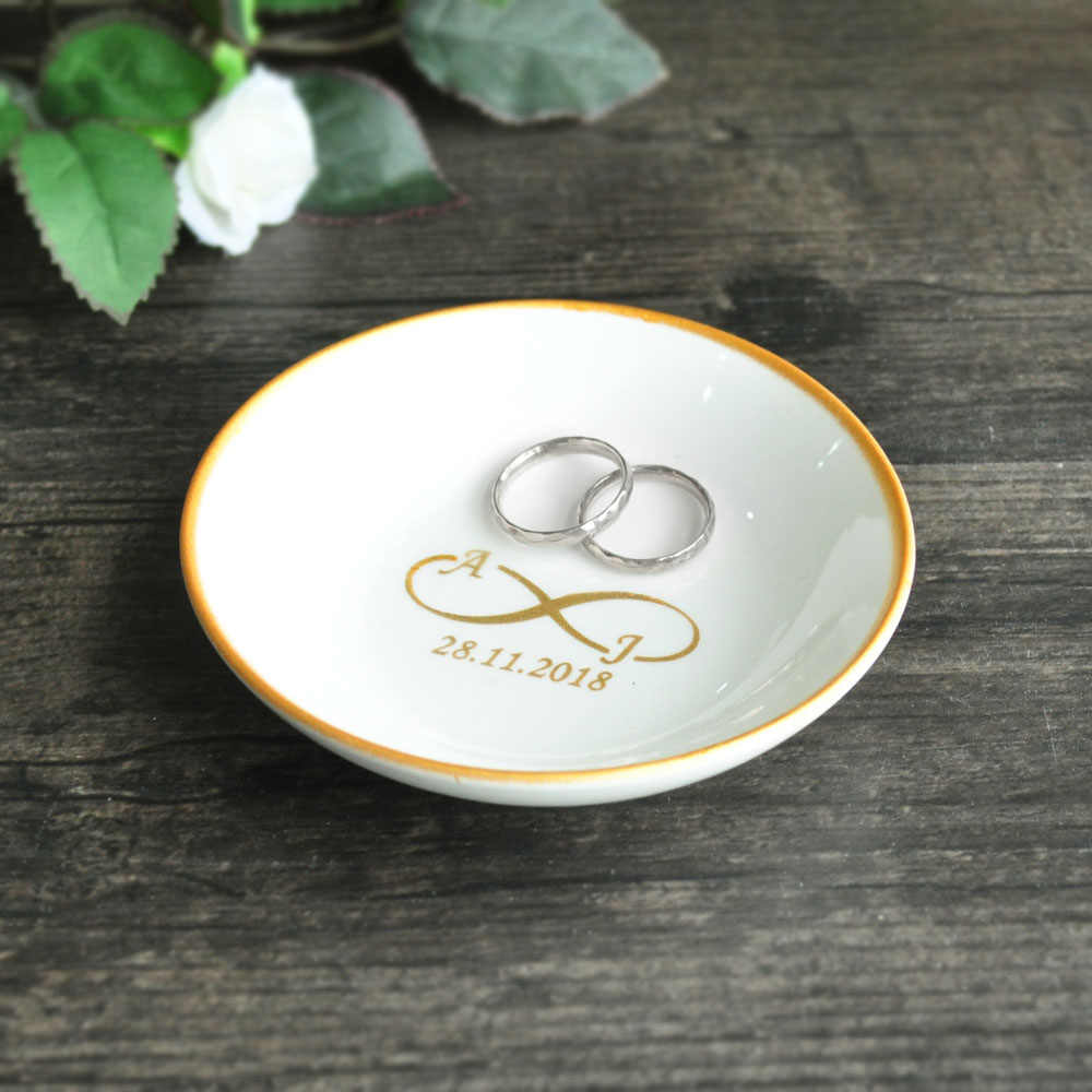 Engagement gift Gifts For The Couple Wedding dish Trinket dish Wedding ring pillow Ring dish Bridal shower gift Ring holder