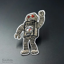 Robot Dimensioni: 5.5x7.8 cm Patch FAI DA TE Panno Patch Ricamato Carino Badge Hippie Ferro Sul Fumetto Patch Per vestiti Sticker(China)