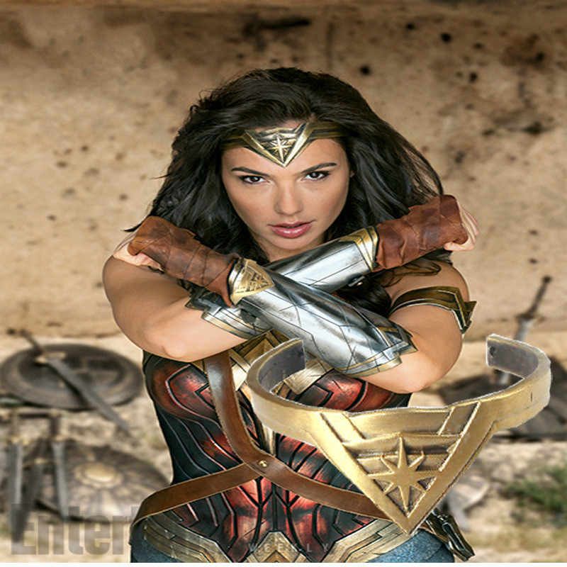 Takerlama 1pcs Wonder Woman Crown Bracelet Cosplay Props