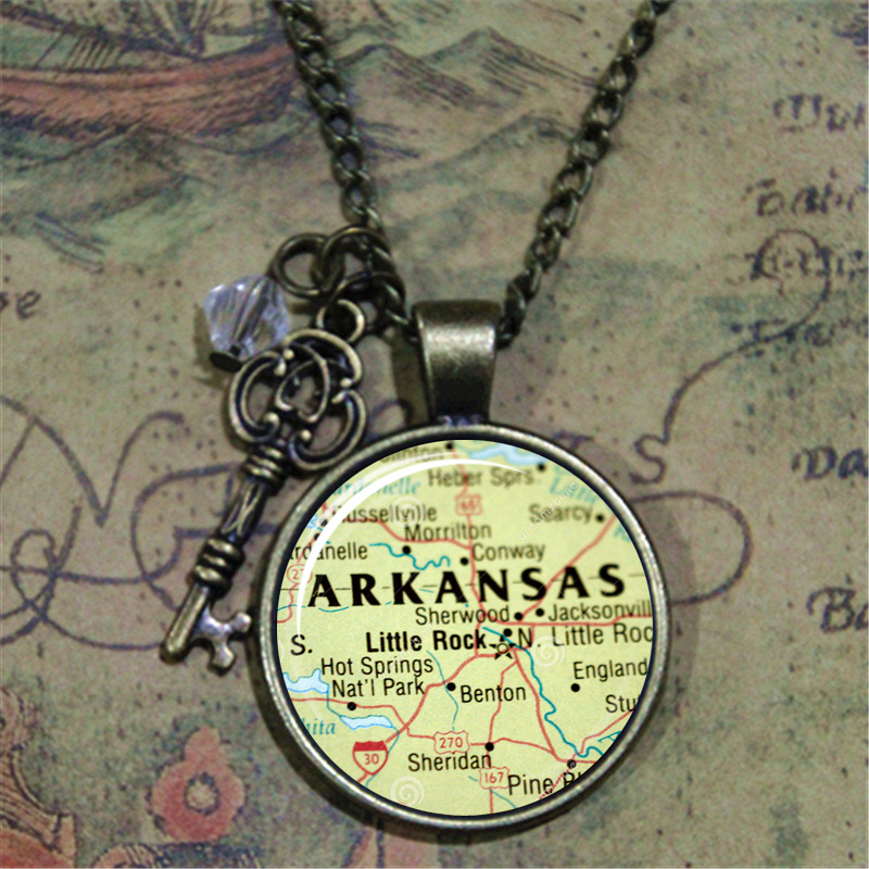 10pcs/lot Map of <font><b>Arkansas</b></font> Necklace USA State Pendant necklace Little Rock <font><b>Arkansas</b></font> Glass Photo Cabochon Necklace image