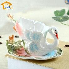 Farbige emaille porzellan becher schwan knochen eine tasse kaffee tassen und untertassen teelöffel urlaub heiraten mit die kreative geschenk