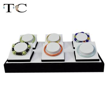 Free shipping 6 Seat Bracelet Display White PU Leather Bangles Holder Jewelry Finding Accessory Storage For Bracelet Organizer
