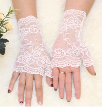 Весна и лето женские солнцезащитные короткие перчатки Модные кружевные полуперчатки сексуальные кружевные перчатки без пальцев