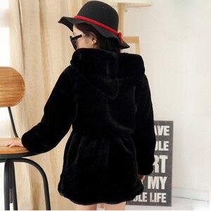Image 2 - Meninas casaco de pele do falso inverno manga longa com capuz casaco quente imitação de pele de coelho casaco longo para crianças 8 13 ano outwear macio cl1043