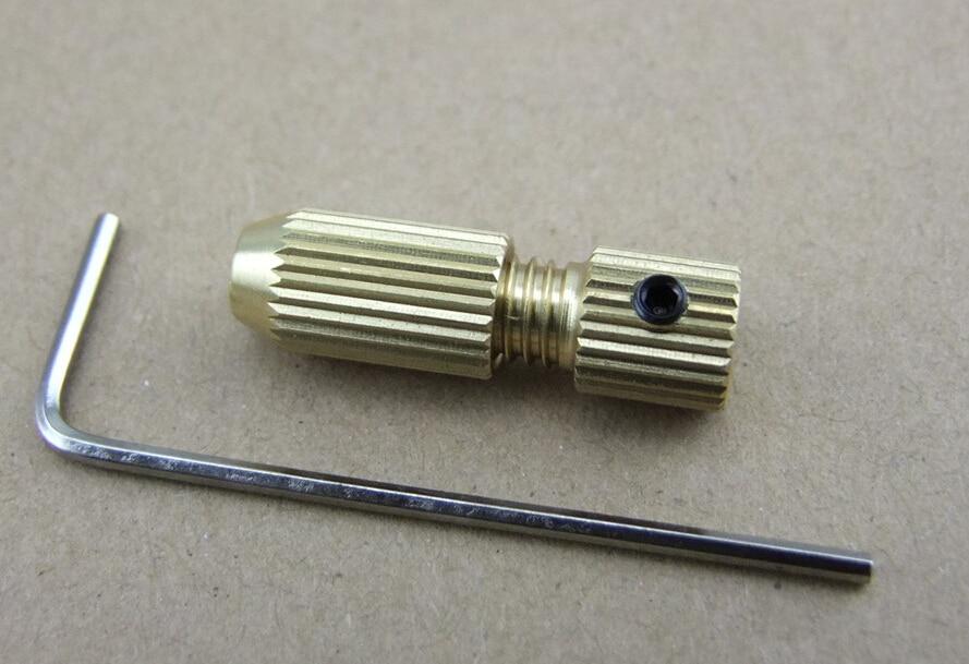 0.7-3.2mm Mini punte per trapano elettrico in rame Chuck Clip Vari modelli Completano Spedizione gratuita Russia