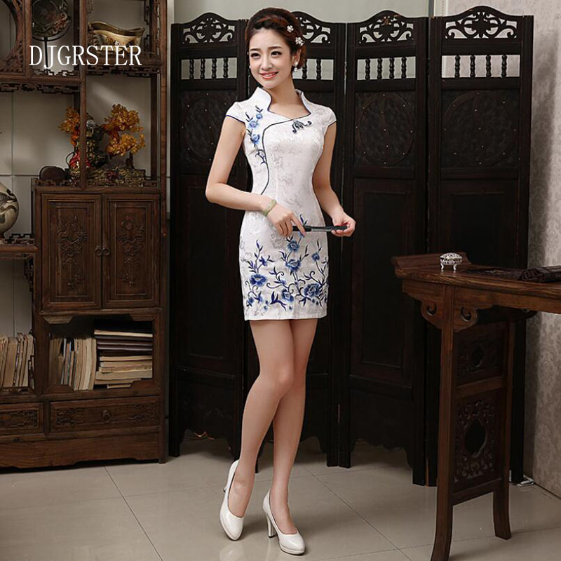 DJGRSTER 2019 New Summer Qipao For Women Fashion Ladies Dress Casual White Dress Embroidery Cheongsam Sexy Traditional Dresses