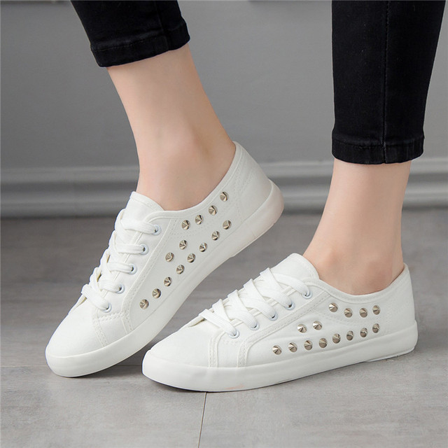 SWYIVY Women White Shoes Sneakers Rivet Punk 2018 Autumn Spring Female Casaul Shoes Ladies Leisure Sneakers Flat 44 Large Size