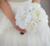 IFFO de encargo de gama alta simulación peonía blanca novia mano que sostiene las flores de la boda hermosa sensación fresca de color puro DIY decoración