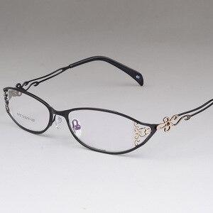 Image 4 - BCLEAR женские деловые оправы для очков полые резные металлические полные оправы красивые модные ультралегкие очки из сплава Новинка
