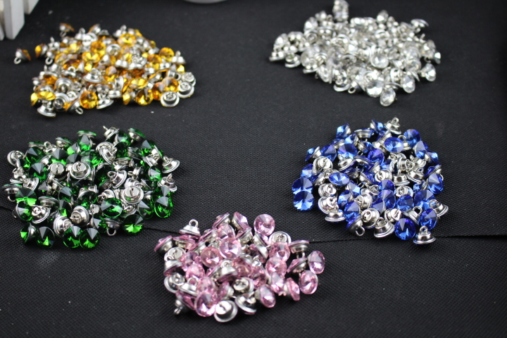 Free shipping factory directly sale 12mm 10PCS/LOT Crystal sofa Buttons for home sofa Decoration