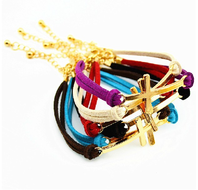 1ae1822b84841 خمر الذهب الصليب مختلط لون جلد سحر سوار أساور للنساء اللباس اكسسوارات هدايا  مجوهرات الماركة 10 قطع Z1879