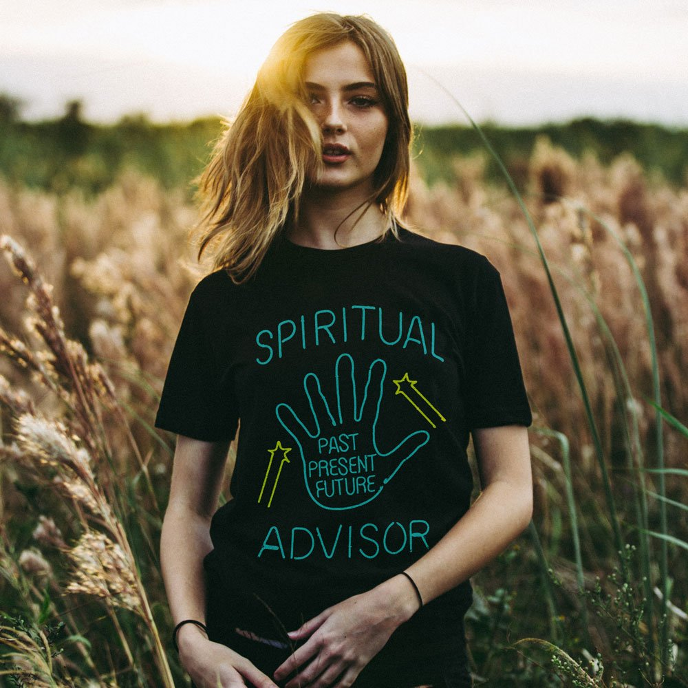 Spiritual Advisor Humor Women Black Tshirts Plus Size Cotton Graphic Tees Harajuku Witchy Clothes Summer Hippie T shirt Women