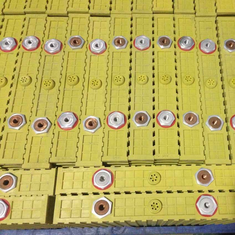 Batterie au lithium-ion de 4 pièces 700AH Winston LiFePO4 life pour EV/système solaire/stockage d'énergie/sauvegarde d'énergie - 3