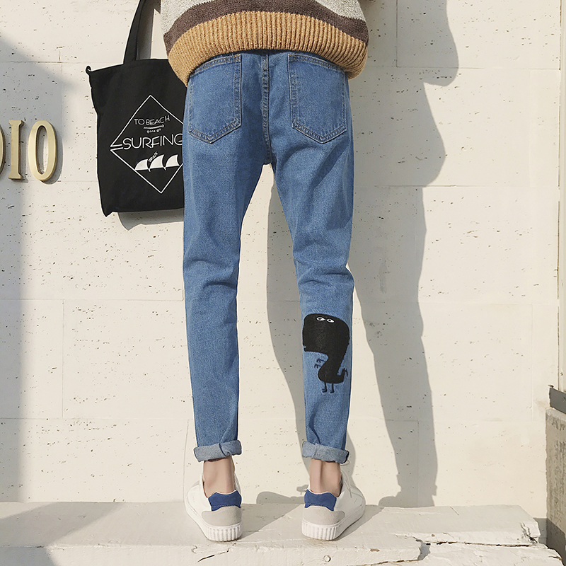 2018 Spring Newest Mens Fashion Cartoon Embroidery Pattern Stretch Slim Fit Denim Pants Casual Solid Color Jeans Trousers M-2XL