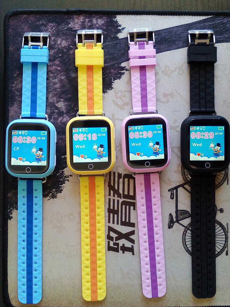 GPS smart watch Q100