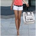 2017 New Arrival Mulheres de Slim Shorts Jeans Botão de Design de Moda Senhora Estilo Casual Calças Curtas Cor Sólida SML 3 cores