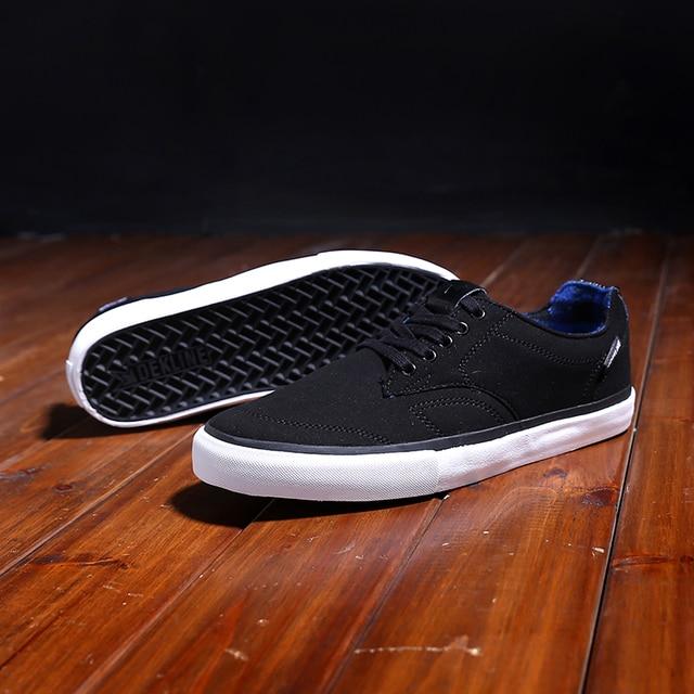 US Size 10.5/11 DEKLINE MASON Summer Shoes Boys Athletic Green Anti-Fur Low Top Light Weight Hard-Wearing Footwear
