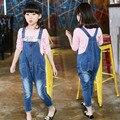 Estilo solto Outono Macacão Jeans Para Crianças Meninas 2016 Novo estilo Da Menina Das Crianças calças de Ganga Elegante Macacão Feminino Denim Bib calças