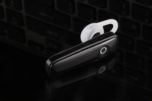 M165 mini bluetooth headset wireless in-ear bluetooth headset 4.2 car sports bluetooth headset stock