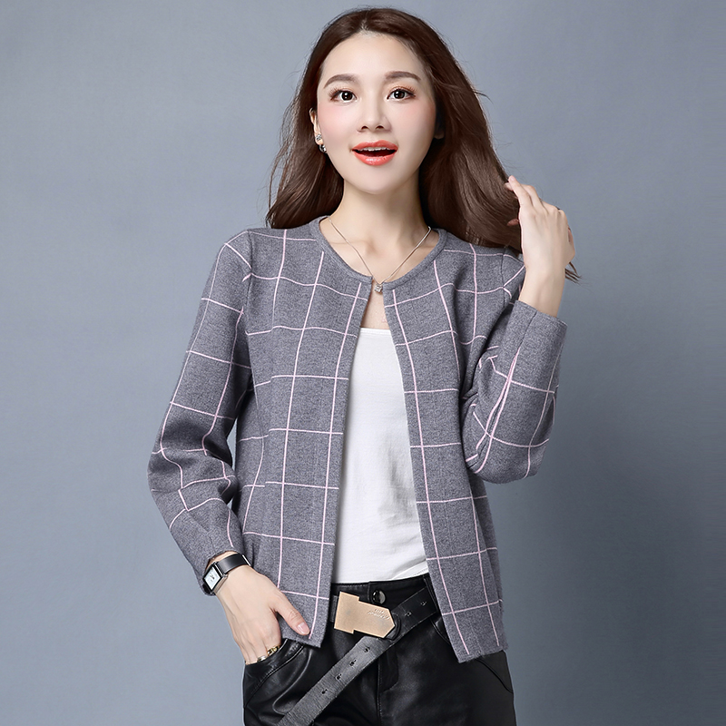 2016 Autumn And Winter Long Sleeve Plaid Loose Sweater Female Cardigan Small Short Design Sweater Outerwear
