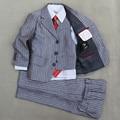 Мальчики серебряная Свадьба костюм Дети Смокинги аренду Странице мальчик Наряды Куртка жилет и Брюки 3 шт. Пиджак костюм для Мальчиков формальная одежда