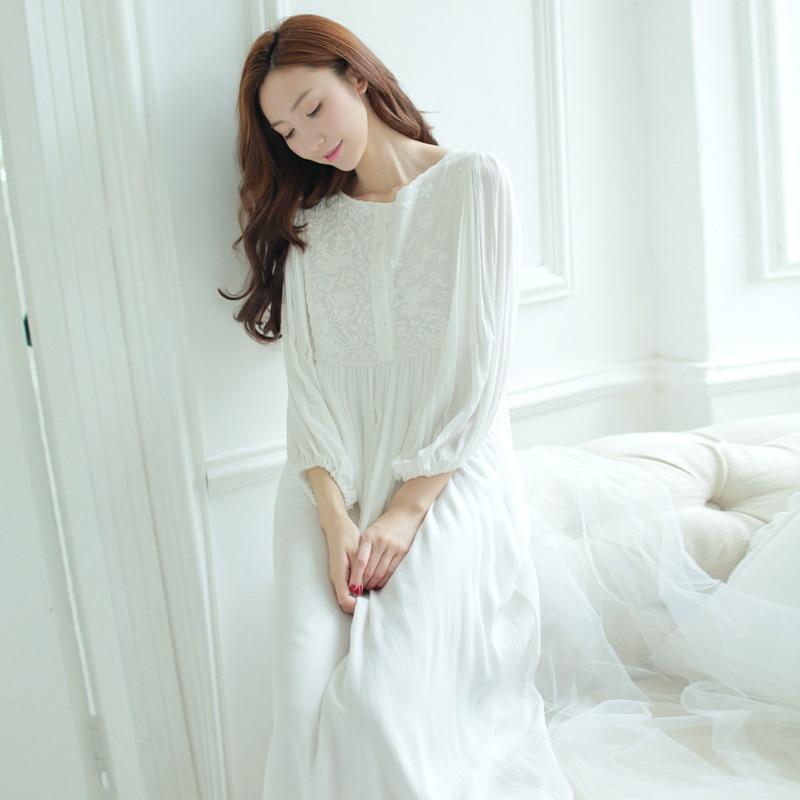 b2ce101755 Women Sleepwear dress Cotton Nightgown White Night wear Vintage Gentlewoman  Sleepwear Spring Autumn Nightdress-in Nightgowns   Sleepshirts from  Underwear ...