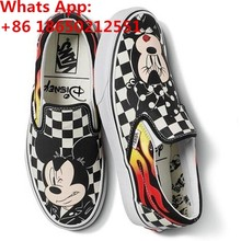 b76ec7100710c Yeni Vanses DISNEYS Klasik Mickey Mouse Tuval Unisex Boyutu Üzerinde  Kayma(China)