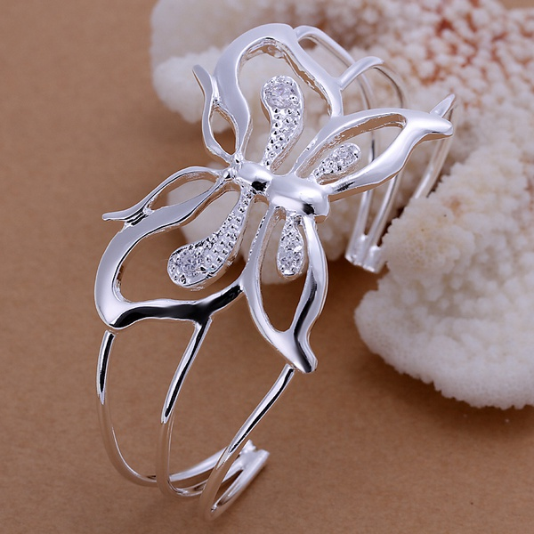 Cor prata exquisite luxo lindo B109 embutidos pedra borboleta charme pulseira de presente de aniversário de moda a céu aberto