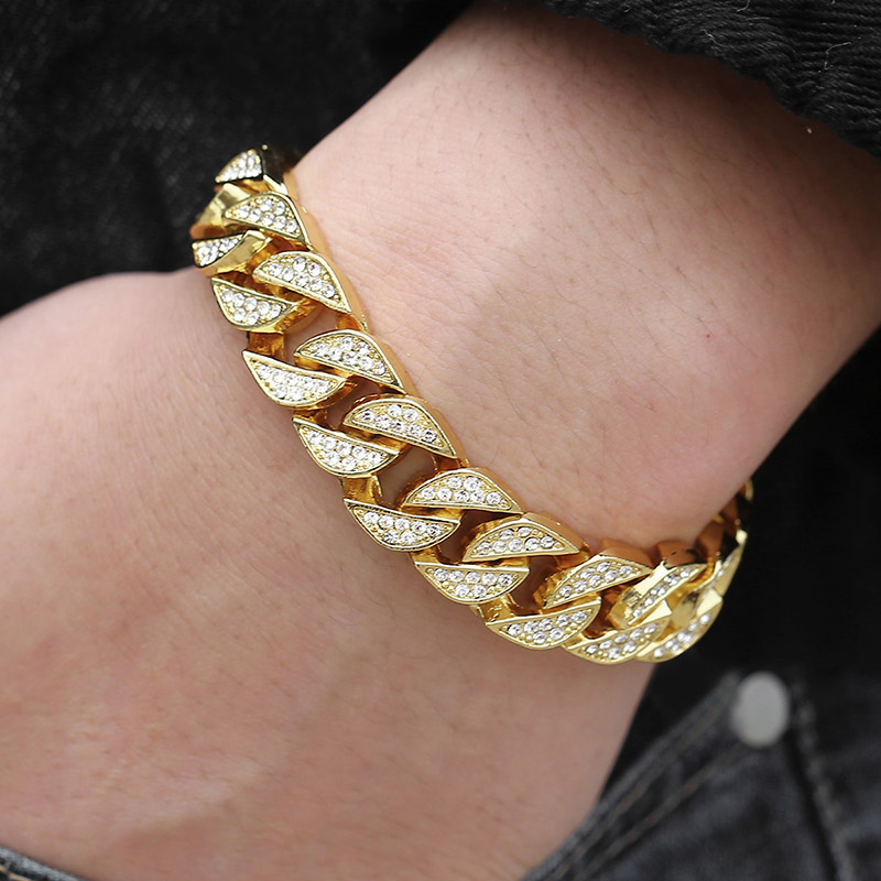 Luxury Men's Chained Gold Bracelet