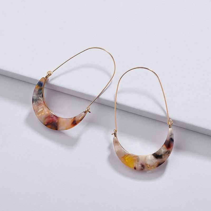 wing yuk tak Acrylic Moon Hoop Earrings For Women Hot Sales Modern Jewelry Vintage Fashion Woman Earrings Female 2019