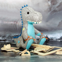 Costura arte DIY babay Juguetes Fieltro artesanía envío Cúter Fieltro material Paquetes hecho a mano lindo Godzilla muñeca para niños Navidad regalo