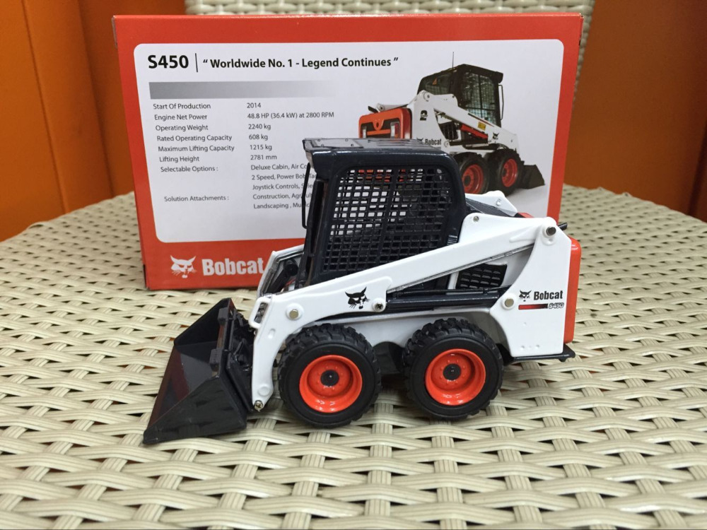 Bobcat S450 Compact Wheel One tough Animal 1/25 Scale DieCast Model