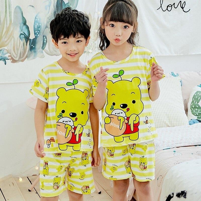 цена на Fashion cute pajamas suit 2018 summer new boys and girls printing cartoon short-sleeved shorts pajamas home wear home clothes